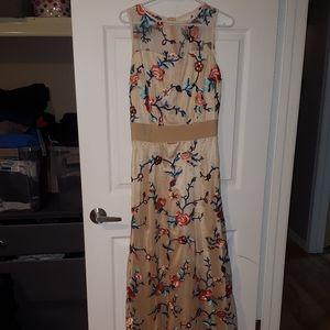 Dresses & Skirts - Embroidered Flower Dress